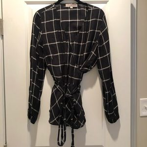 Loft Wrap Peplum Top Black Windowpane size medium